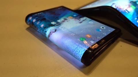 三款折叠手机对比:小米可双折,华为凭一点超过三星!