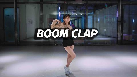 甜美妹子Thea翻跳《Boom Clap》 【口袋舞蹈】