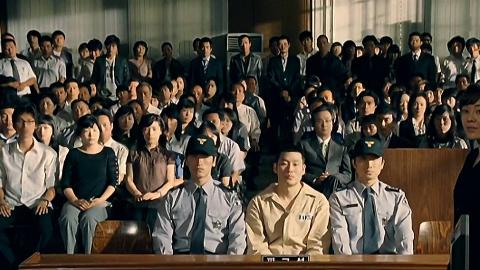 韩国再出猛片:女儿惨被害,母亲设法将凶手捞出监狱,慢慢复仇