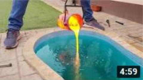 实验:把熔浆分别倒入水中和寒冰中会发生什么?