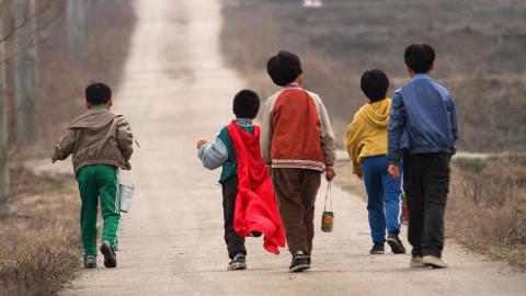 韩国三大悬案之一,5名少年离奇失踪,11年后找回父母已泣不成声