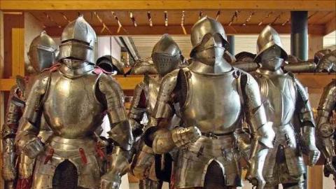 军事历史爱好者自制服装道具重演欧洲近代白山战役现场实况