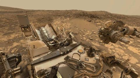 好奇号拍摄的火星表面环境