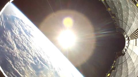 GoPro拍摄的太空和地球