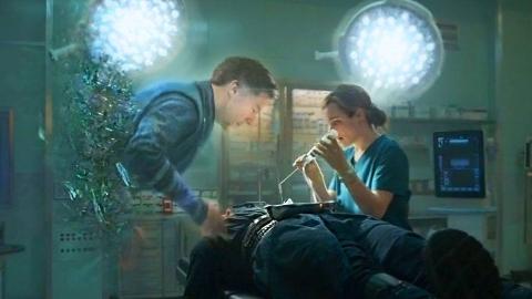【刘油果】漫威电影《奇异博士》,重病医生寻找异能救自己