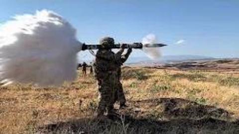 """""""敏捷精神""""2019军演中美国陆军士兵使用多种武器进行反坦克训练"""