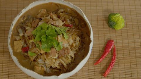 饭店大厨教做猪肉白菜炖粉条,厨房小白一学就会的家常菜,超实用