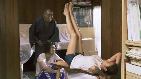 瞎改日本电影,价值2亿的美腿,被训练成蹬三轮的!