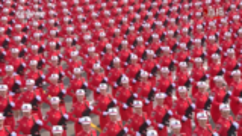 70周年大阅兵:女民兵方队