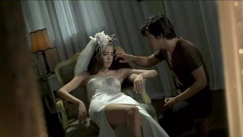守灵小伙作死不听劝,见女尸太美非要碰死去的新娘,最后悲剧了!