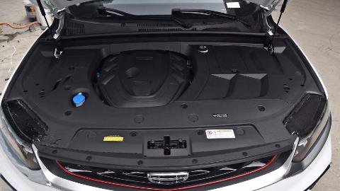 吉利星越350T驭星者AWD发动机抖动情况 2.0T 238马力 350N/m L4