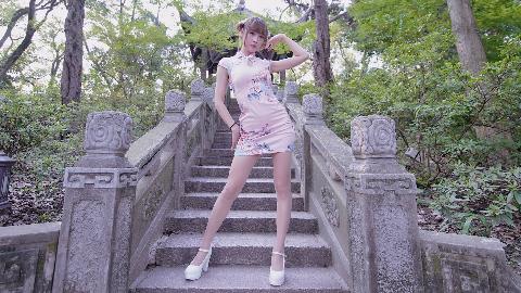 【巫小萤】桃花笑  旗袍作