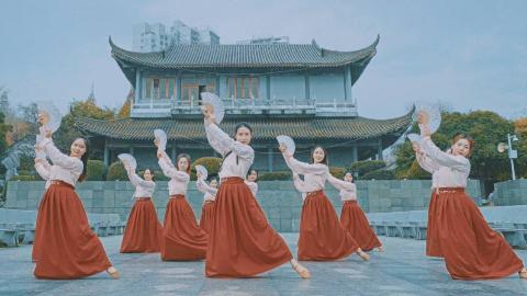 【单色舞蹈】霜雪千年中国舞了解一下