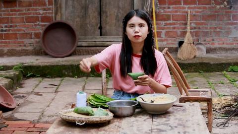 大门上挂石菖蒲和艾草,包粽子,农村妹子的端午节就要与粽不同