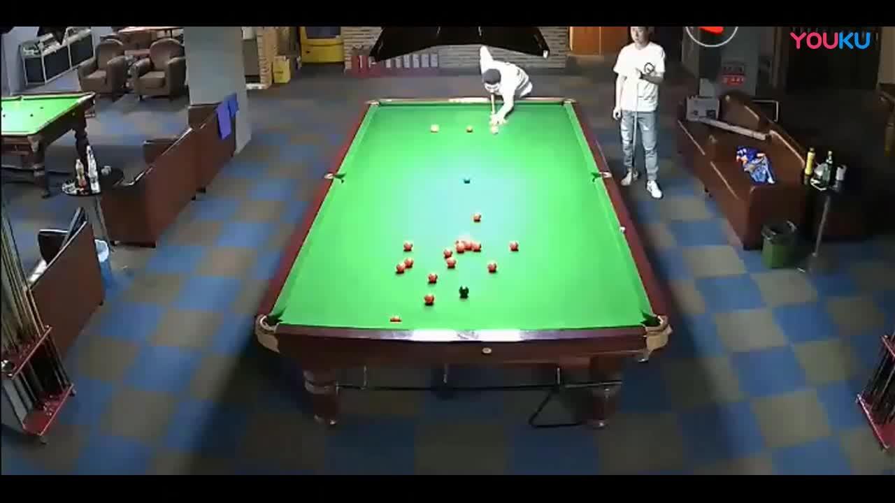 高手在民间! 在台球厅打出单杆147是什么水平?