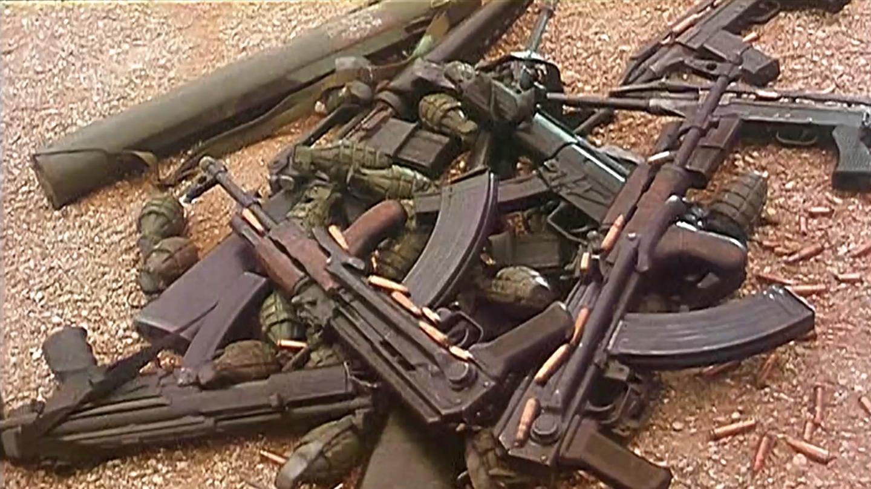 现代人带足武器穿越到三国, 瞬间攻破敌方军营, 太逗了! 恶搞喜剧