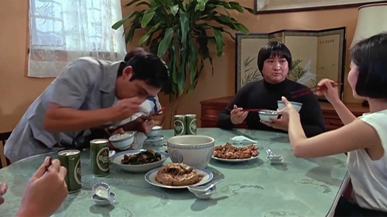 五福星: 有种香叫洪金宝吃饭, 酱香红烧肉加红烧鸭, 都看饿了