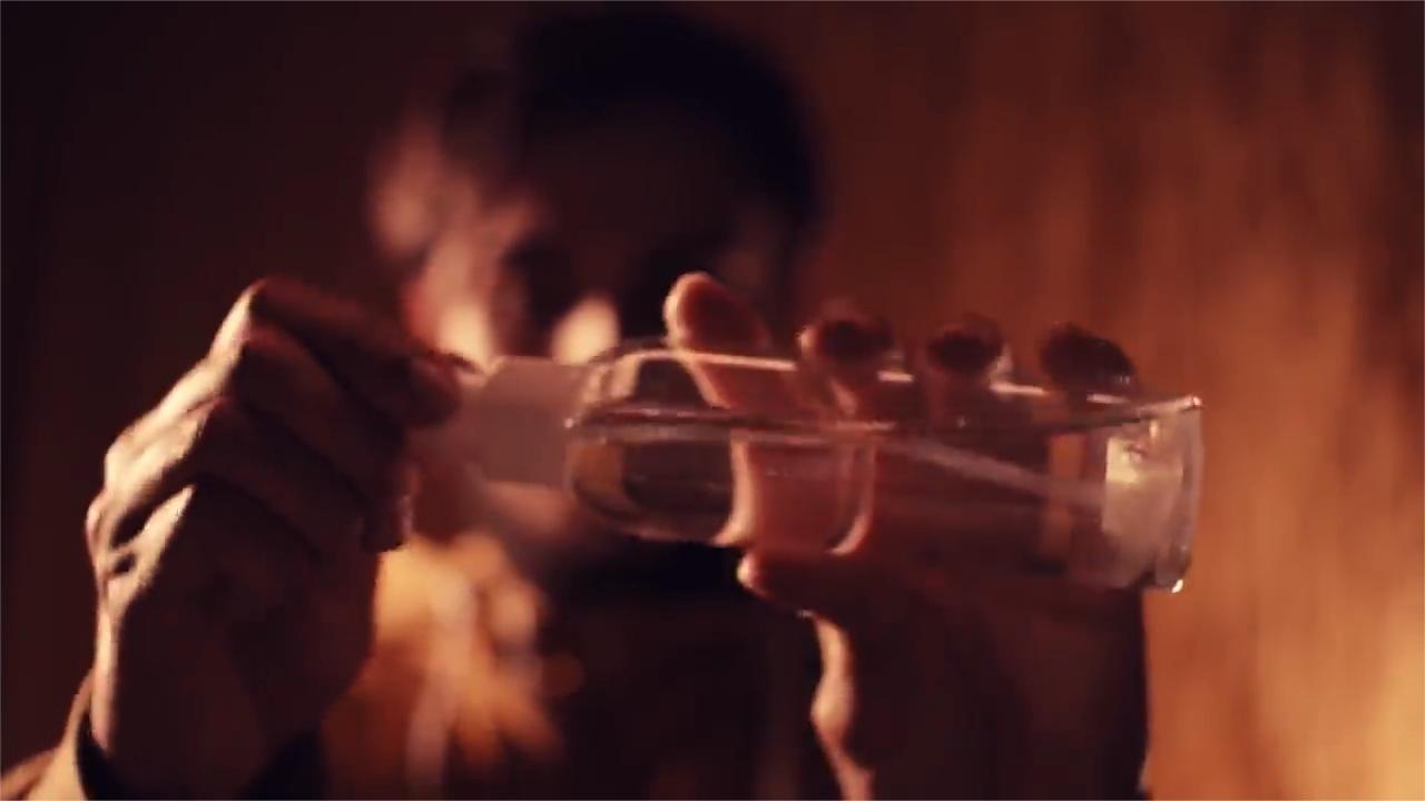 【助眠】深层昏睡-强烈的喷雾和水瓶晃动
