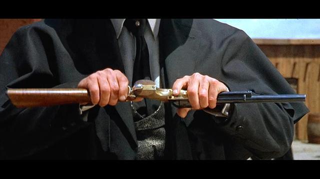 经典西部冒险大片, 左轮手枪加上枪托秒变步枪, 一枪击毙江洋大盗
