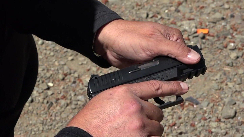 瓦尔特CCP紧凑型手枪, 后坐力偏高 两只手需要紧紧握住