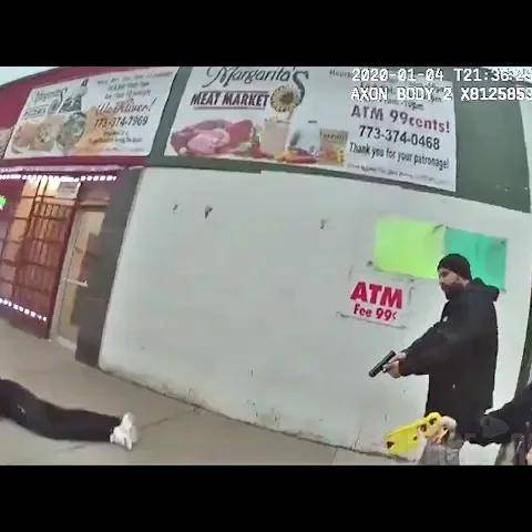 bodycam shows chicago cop shooting robbery suspect armed with knife