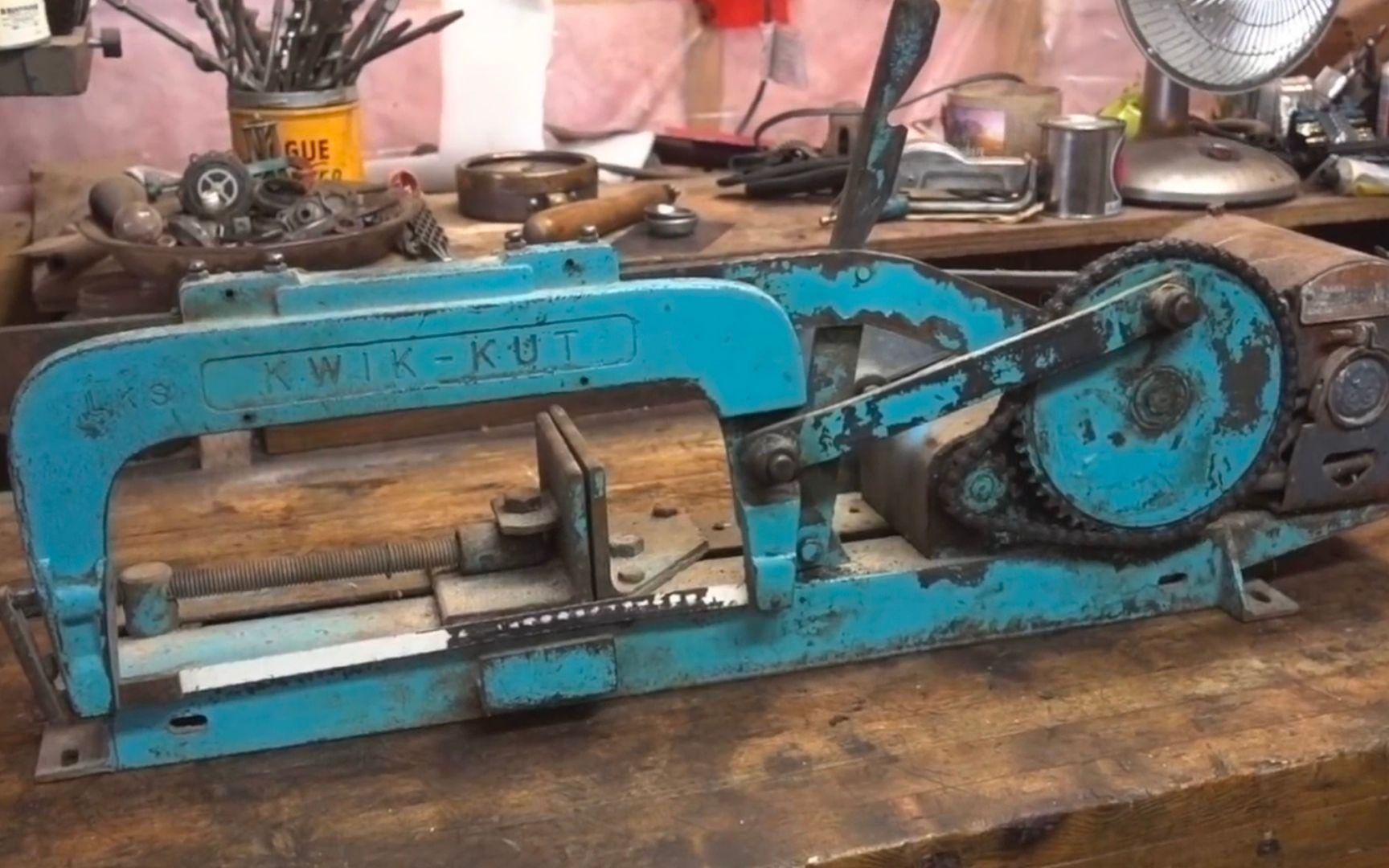 翻新修复————油管一小哥翻新满是油渍、油漆脱落的大型切割机