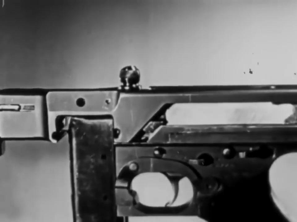 (中文字幕)美国战争部-汤普森冲锋枪运作原理