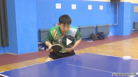 乒乓球直板的最有力得分武器———左推右攻