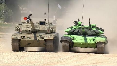 中国96B驰骋坦克两项赛