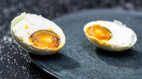 【美食台】如何自制咸鸭蛋