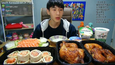 【韩国吃播】BJ奔驰 好市多:烤鸡腿2盒+三文鱼卷+三文鱼&沙拉+牛奶布丁+香草泡芙+奶酪×3