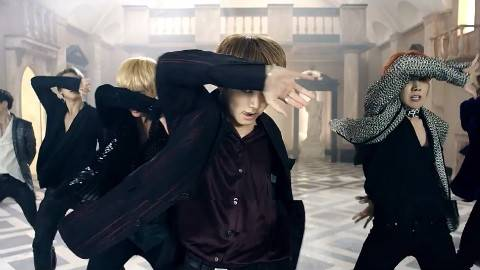 BTS 防弹少年团《血汗泪(Blood Sweat & Tears)》