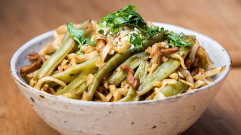 【美食台】一碗来自北方的焖面,特别香!