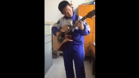 这个小学生,未来华语乐坛有你一席之地