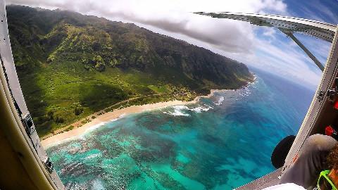 【soso字幕】河底寻宝 在夏威夷跳伞 @Sofronio