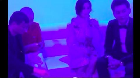 马云范冰冰李晨同时现身KTV包厢,这个饭局上你能认出多少人