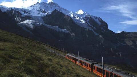 瑞士航拍 少女峰铁路