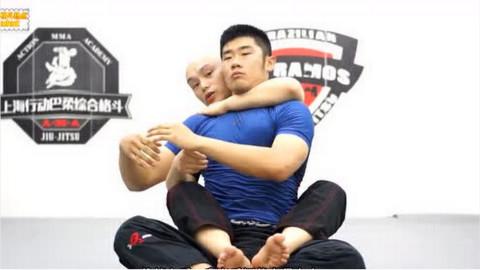单手破裸绞?别闹了!喜欢柔术的同学,这些知识你应该懂得。