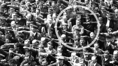 【历史的瞬间】真正的勇士!一个不向希特勒行纳粹礼的普通德国人【@尤尼控领域】