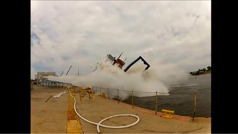 【轮船事故】飞机事故的视频看的很多,轮船翻船的事故有看过吗?
