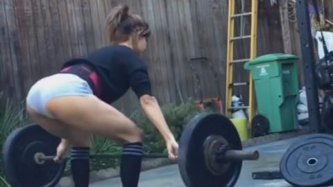 漂亮妹子训练,健身视频 - Kayli Ann Phillips