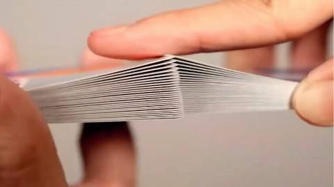 魔术揭秘:完美洗牌!学会这个牌运都好了!一分钟学会