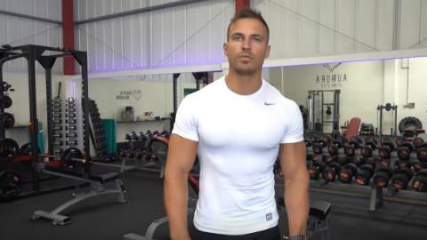 训练背部肌肉的常见错误,健美健身教程