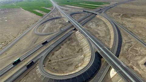 【了不起我的国067】世界最长穿越沙漠之路通车,500公里无人区,一路美到新疆