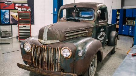 1946年生产的福特汽车,牛人拆开发动机,我就彻底服了!