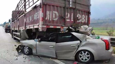 大货车又双叒出事!路遇大货车怎样才能保障自身安全?