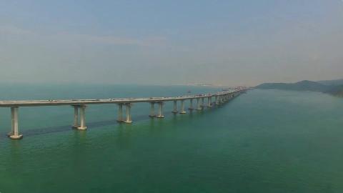 史上最难跨海大桥居然被我国造出来了!
