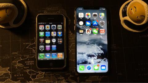 十年前的第一代iPhone开箱对比iPhone X!差距有多大看看就知道