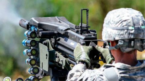 Mk 19(40mm)榴弹发射器射击训练展示