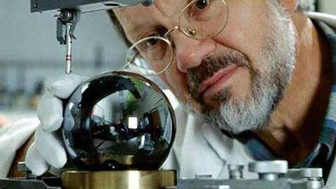 """全球最大""""黑珍珠"""",用核弹方式制造,值1千万,关乎你的生活"""